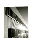 Julius Shulman-Aloe Health Equipment Building-Richard Neutra1948